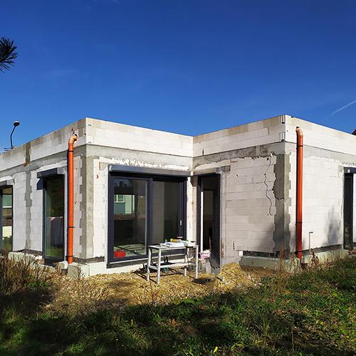 Budowa domu parterowego z płaskim dachem. M2 Architektura Katowice - Pracownia Projektowa Katowice